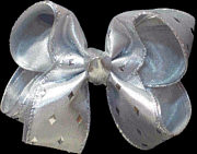 Medium Silver Diamond Pattern Bow