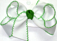 Medium Moonstitch Bow White and Apple Green